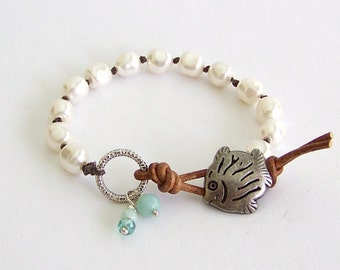 Beach Pearl Leather Wrap Bracelet - Swarovski Baroque Pearls, Natural Brown Leather - Boho Beach Jewelry