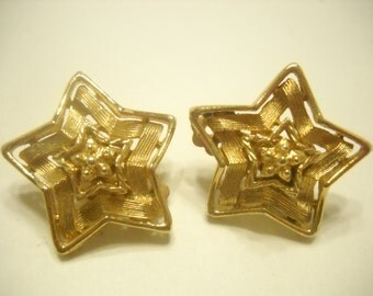 Vintage LISNER CLIP EARRINGS (9939) Star Shaped Earrings