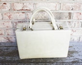 Fabulous white vintage travel case handbag with handles and clasps luggage