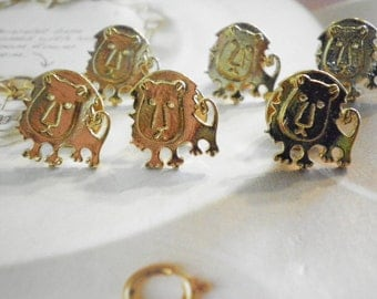 6 Goldplated Lion Pins