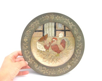 Antique wall plate Chicken wall plate Handpainted wall plate Farmhouse decor Antique wall decoration Rooster Chicken