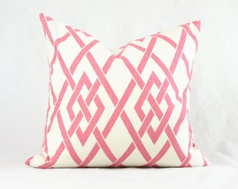 Graphic Gate Pattern Toss Cushion Throw Pillow Pink White
