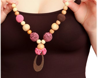 Flower Pendant Nursing necklace pink and brown in juniper wood