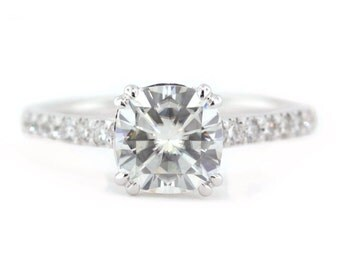 Cushion Cut Moissanite Engagement Ring Diamond Setting Moissanite Center 14k Gold