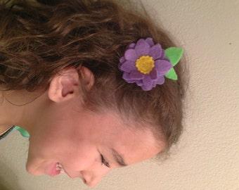 Spring hair clip duo. Felt flower and glittery heart hair clips