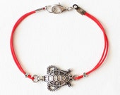Turtle bracelet, turtle jewelry, red string bracelet, simple jewelry, best friend birthday gift, gift for her, christmas gift