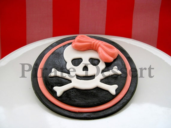 Edible Cake Decorations Skull : Edible Cake Topper PIRATE GIRL Skull and Cross Bones