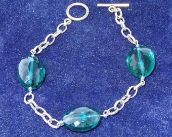Aquamarine and silver bracelet