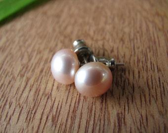 Pink Pearl Studs, Pearl Post Earrings, Bridal Earrings, Wedding Earrings, Bridesmaid Gift, Simple Pearl Earrings, Tiny Posts, Beach Wedding