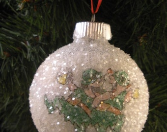 Irish Lepreuchans glass glitter ornament