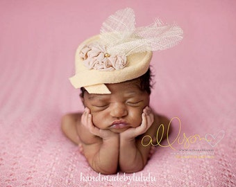 baby hat,  newborn cloche, simply from wool fabric in cream , newborn Photo prop, baby hat