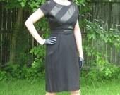 size S-M / 1960s black sheath dress a la Audrey Hepburn