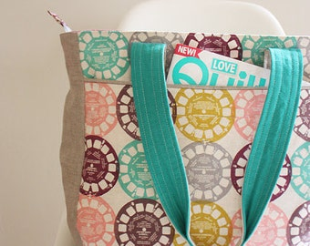 Super Tote Pattern - Anna Graham of Noodlehead - Free shipping with fabric purchase