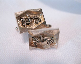 Model T Car, Gold Tone Vintage Cuff Links