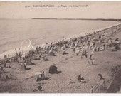 Vintage postcard - 1930 typical French Beach Scene - French stamp