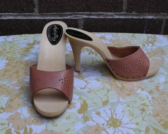 "Vintage 4"" Heel Dead Stock Tan Sexy Heels Sandals Italy Leather Cut Out Sz 5"