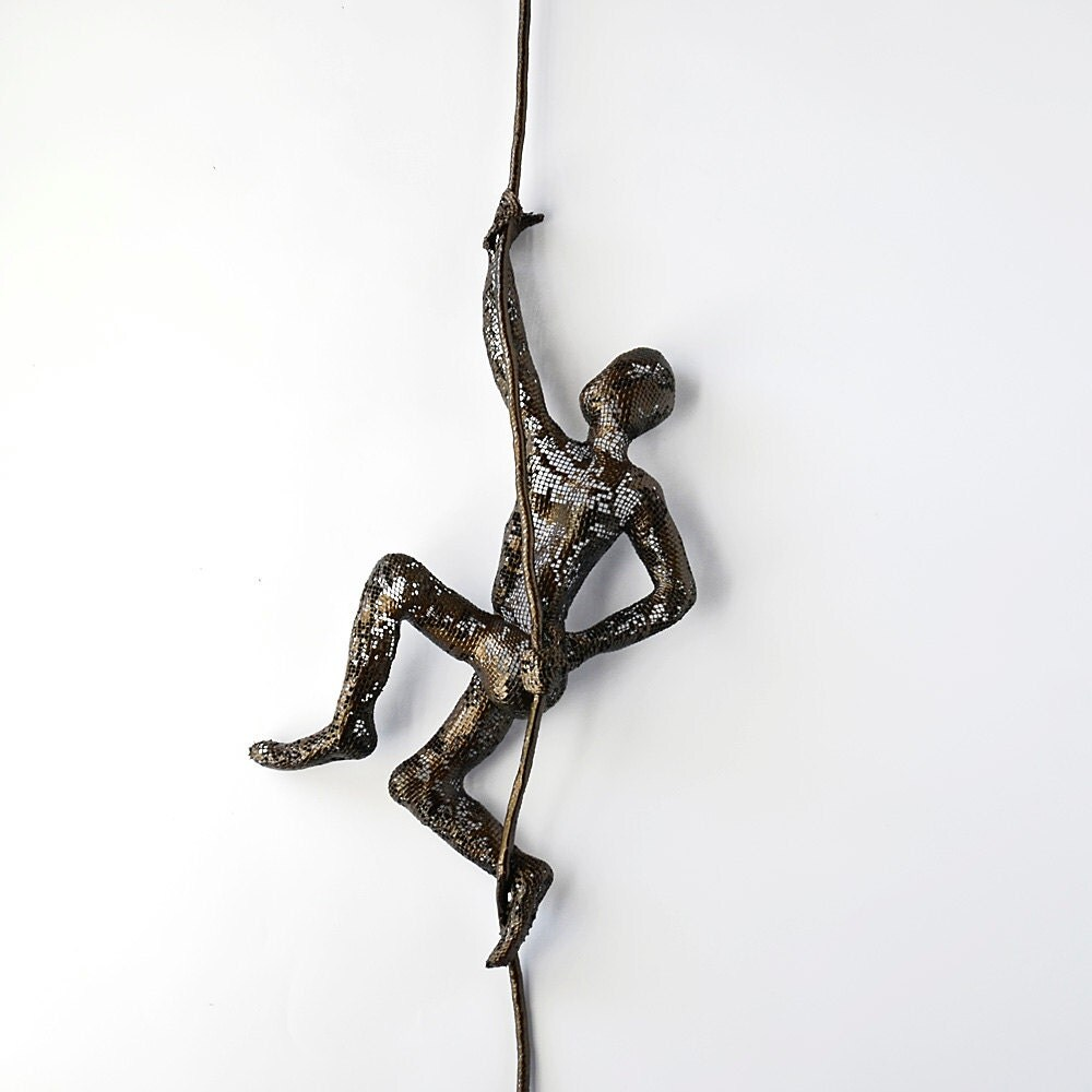 Metal wall art climbing man on rope home decor metal for Wire wall art
