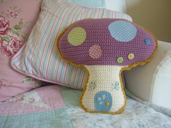 Toadstool / Mushroom Cushion: A Crochet PDF Pattern