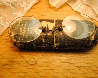Sale STEAMPUNK Pince Nez antique glasses 100 years old with case, vintage antique pinch glasses great details MUCH LOVED small golden chain