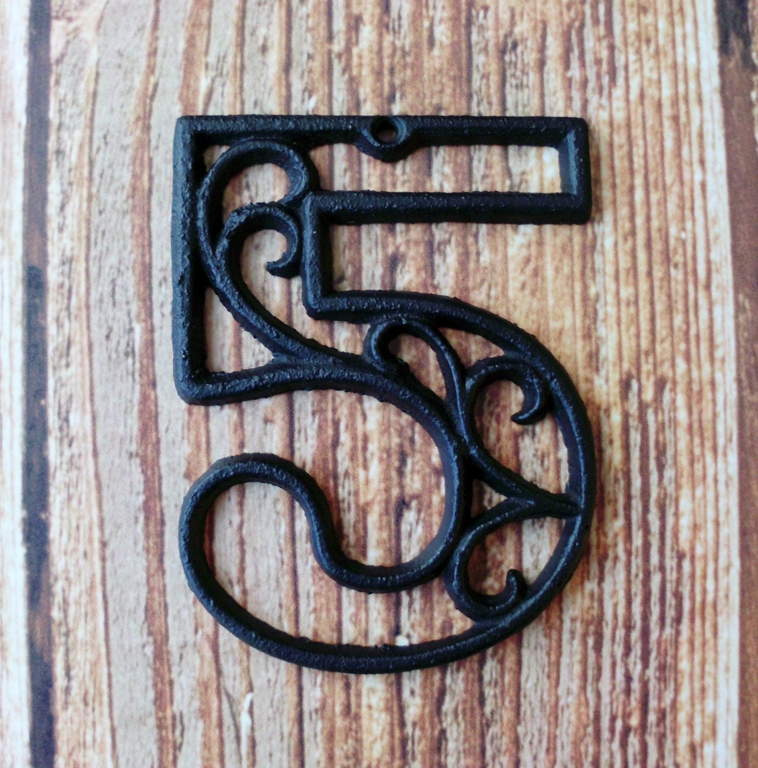 house number five cast iron wall hangers decorative victorian. Black Bedroom Furniture Sets. Home Design Ideas