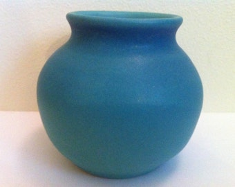 Van Briggle Vase, Exquisite,  Free Shipping, Vintage Art Pottery, Round Smooth Vase, ORIGINAL Hand Made & Hand Finished, One of a Kind