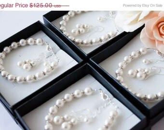50% OFF SALE 8 Bridesmaids gifts-Pearl Jewelry sets with Bracelet and Earrings (15 COLORS Available)