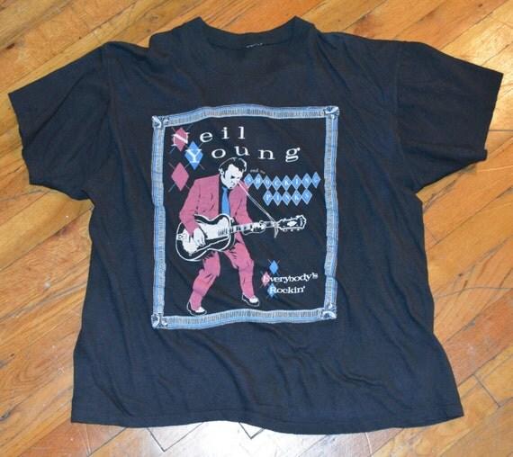 1983 NEIL YOUNG vintage concert tour rock t-shirt.  Rare Originla.  L Large 80s 70s Rockabilly. Vintage rock tee.