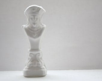 Chess piece - The King from English fine bone china