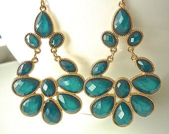 Peacock Emerald Green Hunter Iridescent Teardrop Chandelier Earrings.  Fashionista Chic jewelry for women