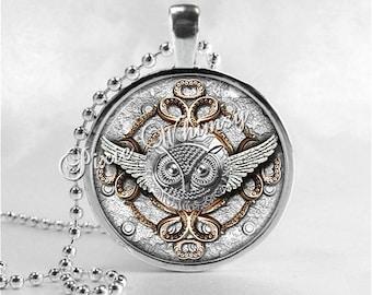 OWL Necklace, Steampunk Owl, Bird Necklace, Owl Pendant, Owl Jewelry, Glass Art Pendant Charm, Bird Jewelry, Gothic