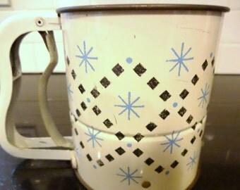 Vintage  Flour Sifter - Vintage Atomic Androck Flour Sifter - Mid Century Kitchen Utensil