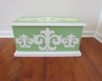 Green & White Chest with Damask Standard Accents