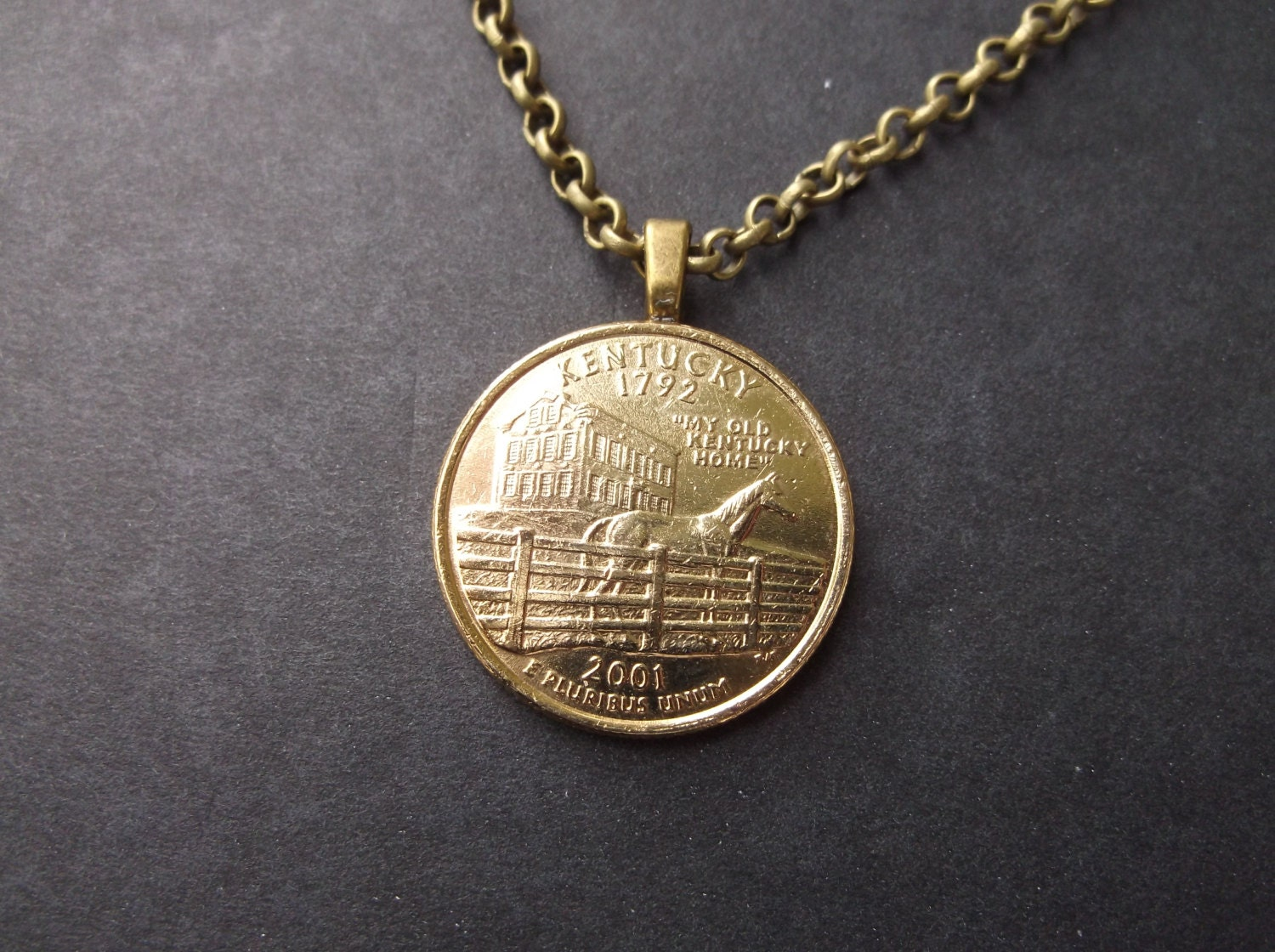 Kentucky United States Gold Colored Quarter Coin Necklace