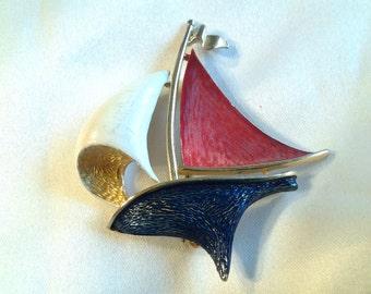 vintage costume jewelry brooch pin enamel brooch pin gumball boat ship