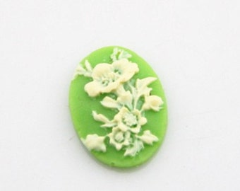 12 pcs of resin cameo  13x18mm-0404-cream on green