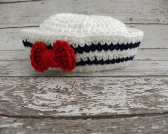 Baby girl Sailor hat in white, navy and red. Girl sailor hat with red bow. Summer photo prop sailor hat.