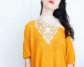 NECKLACE // Banucia // Handmade White Lace Necklace Applique Pearl Golden Chain Blouse Accessories Bib Necklace