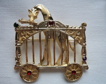 REDUCED Vintage Signed AJC Goldtone Giraffe in Circus Cage Brooch/Pin