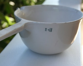 Coors USA Porcelain Labware dish with handle, glazed ivory