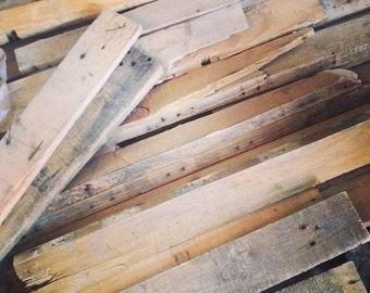 Custom Reclaimed Pallet Wood Signs