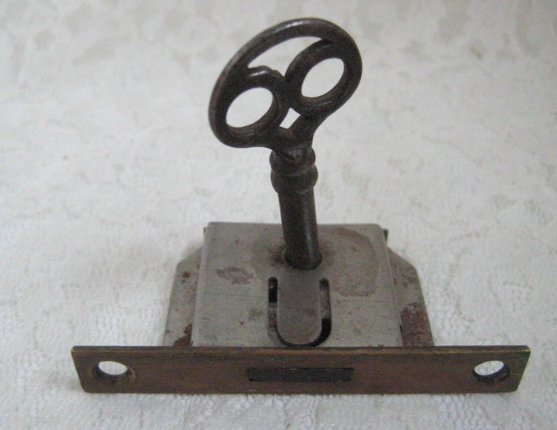 real vintage antique skeleton key and lock steampunk supplies. Black Bedroom Furniture Sets. Home Design Ideas