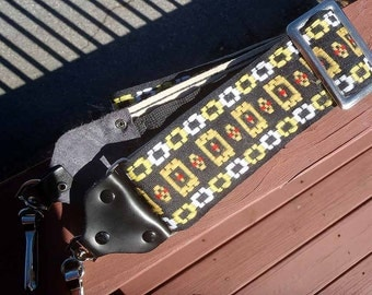 Hippy camera strap vintage 1970's  BEAUTIFUL color!  EXCELLENT condition!  Almost new