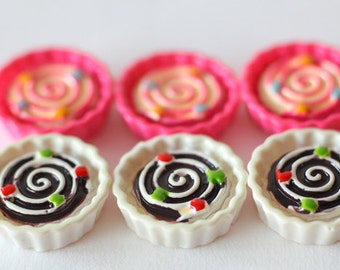 6 pcs Decoden Charm Lovely Pretty Dessert Cup Cake Food Miniature Resin Cabochon (Height 2CM) CN059