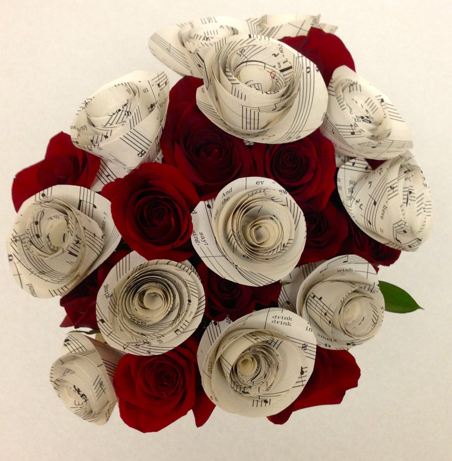 Sheet music paper flowers with stems paper roses one dozen for Paper roses sheet music free