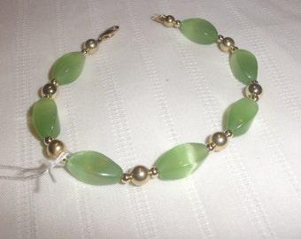 Peridot Cats-Eye Bracelet