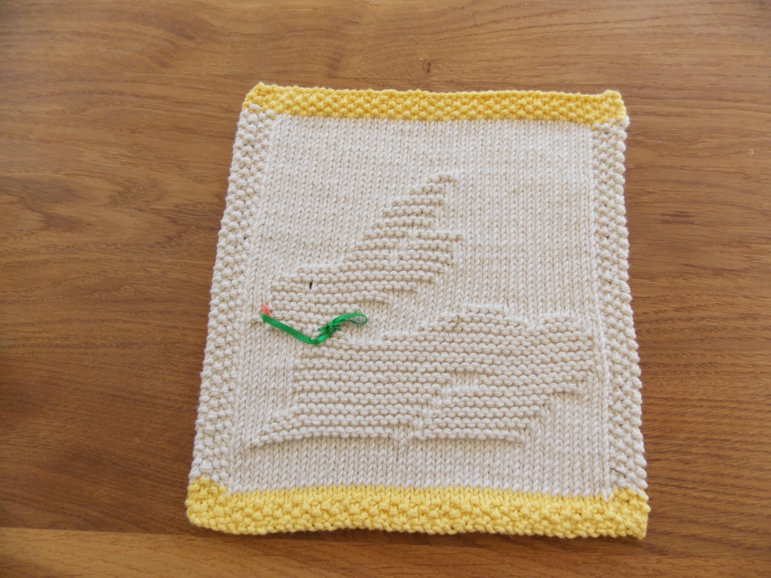 Knitted Dishcloth Patterns For Easter : Easter bunny dishcloth knitting pattern