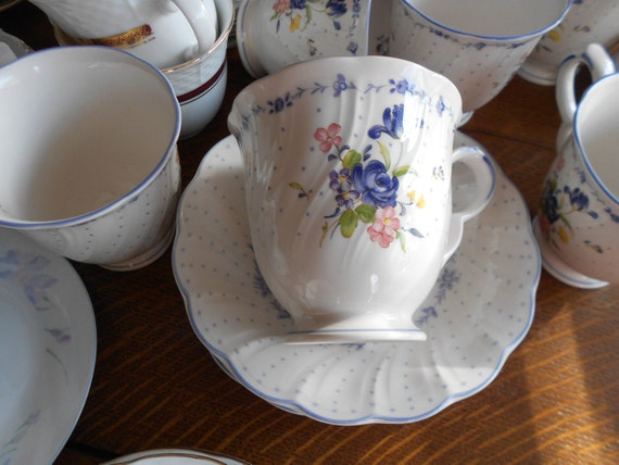 Lovely Tea Cups And Matching Saucers Set Of Ten Each One