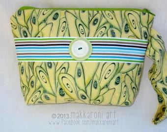 "Zippered Wristlet in Yellow ""Fairy Wing"" Fabric, Green Zipper OOAK"