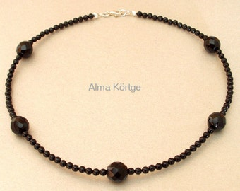 Chain necklace Onyx ceramic beads
