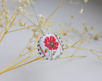 Tribal floral necklace/ red poppy /Circle fabric pendant/ ethnic /red, black/ embroidered necklace/ Geometric Thread